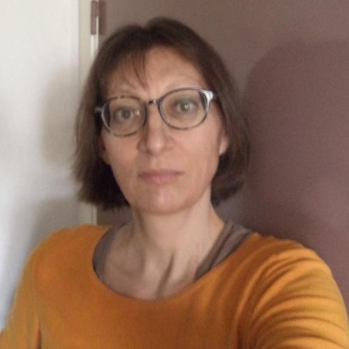 Carole Bessiere, Community manager et Rédactrice web